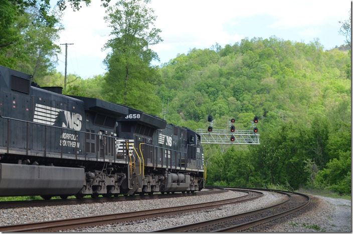 NS 3658-9828. View 2. White WV.