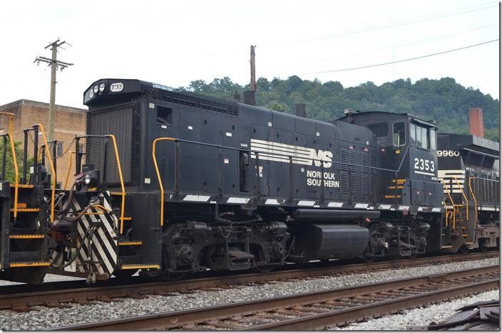 NS MP15DC 2353. View 2. Williamson WV.