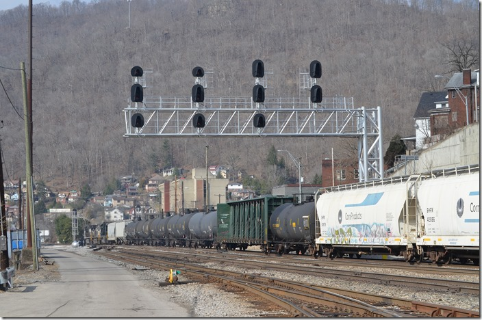 Two mast signals control the approach to the yard eastbound off double track. NS 8974-9003-6963. Williamson WV. View 2.