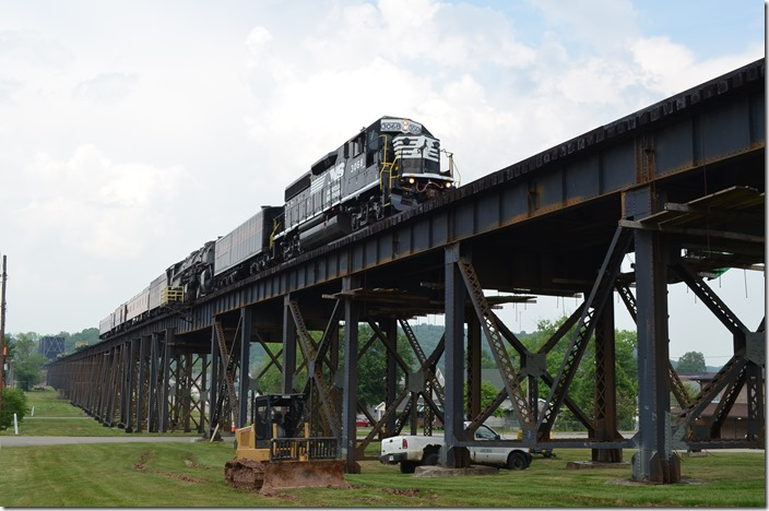NS freight No. 188 and multi-level No. 272 rumbled east across the long Ohio River bridge.