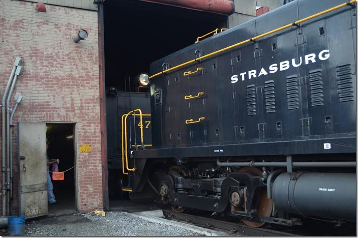 "Ready to pull ""N&W"" 475 out of the engine house, Strasburg 8618."
