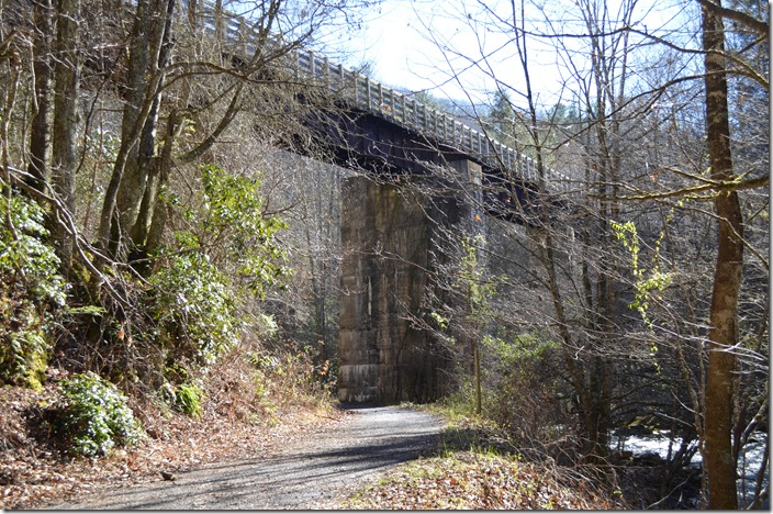 The Abingdon Branch will now follow Green Cove Creek to the right. The Konnarock Branch (foreground) was abandoned in the '30s. NW bridge. Creek Jct VA.