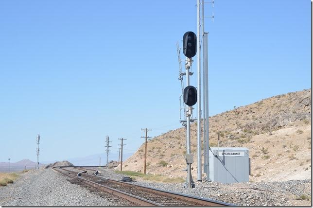 Unfortunately these are approach lit signals, and there was no hint that a train was near. We knew nothing was coming out of Las Vegas.