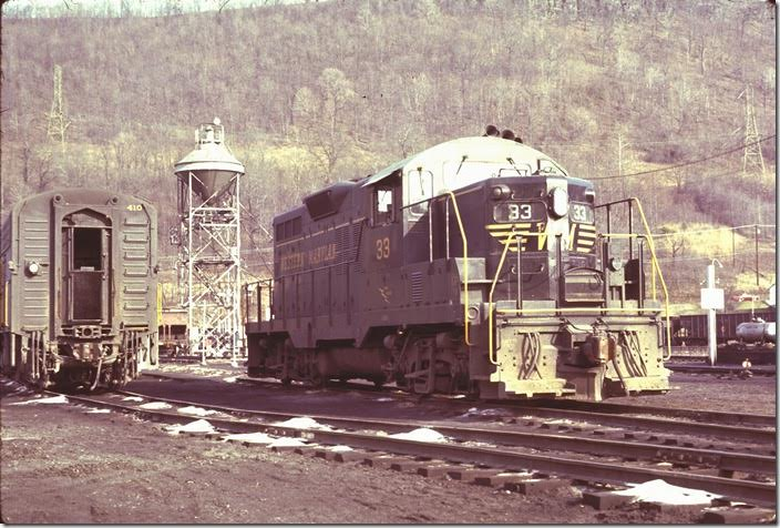 My next visit to Maryland Jct. was on March 13, 1973 (one day after my 22nd birthday). By coincidence GP9 33 was again in the engine terminal. Using Ektachrome film didn't help. My travelling partner was railfan Lowell Suttman from Miamisburg OH. WM Ridgeley WV.