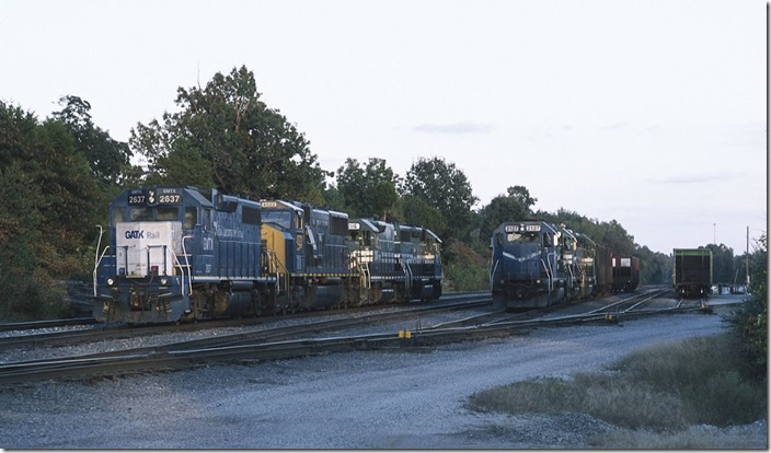 At P&L's West Yard I found two sets of engines idling: GMTX 2637-PAL 4522-2116-2113 and 2127-2114-2113.
