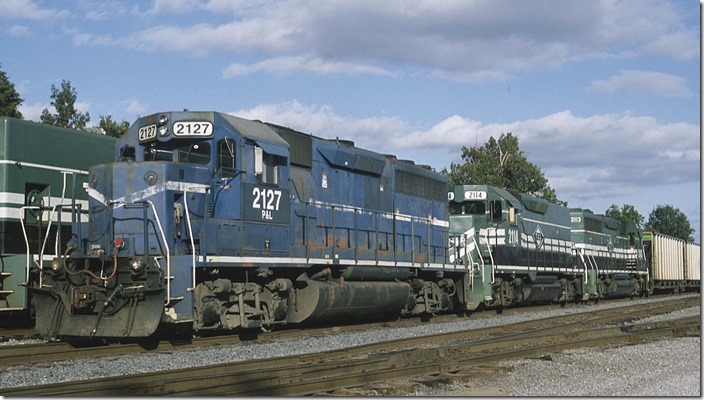 "PAL ""GP40-3"" 2127 coupled to slug set 2114-2113."